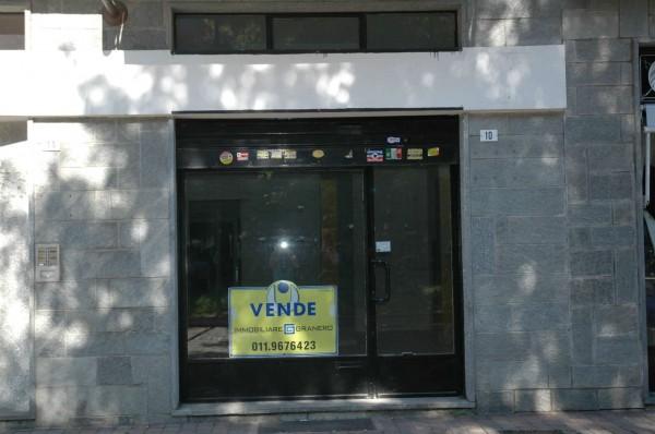 Negozio in vendita a Alpignano, Centro, 65 mq