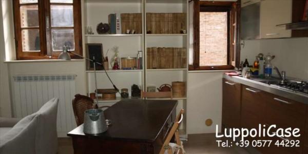 Appartamento in vendita a Castelnuovo Berardenga, 90 mq - Foto 2