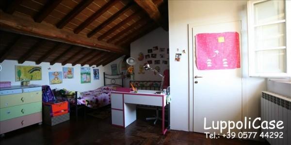 Appartamento in vendita a Siena, Arredato, 170 mq - Foto 2