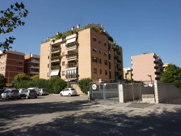 Appartamento in vendita a Roma, Eur, 110 mq