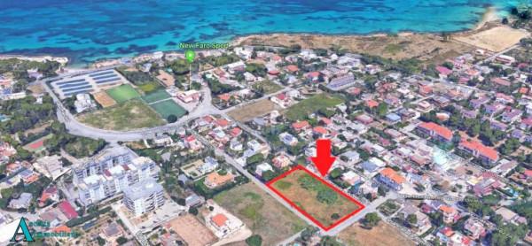 Locale Commerciale  in vendita a Taranto, Residenziale, 4000 mq