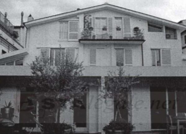 Casa indipendente in vendita a Firenze, Piazza Santa Croce, Con giardino, 240 mq