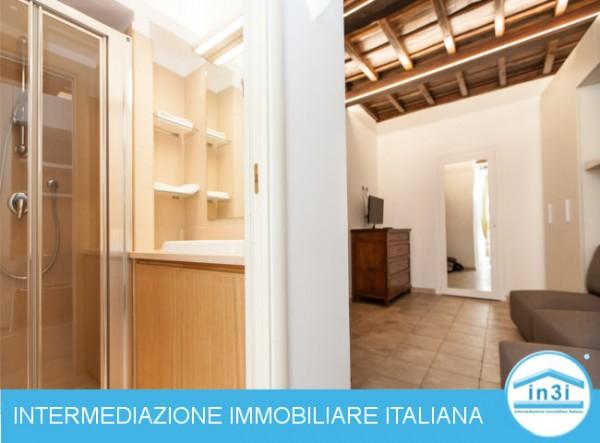Monolocale in vendita a Roma, Centro Roma, 30 mq
