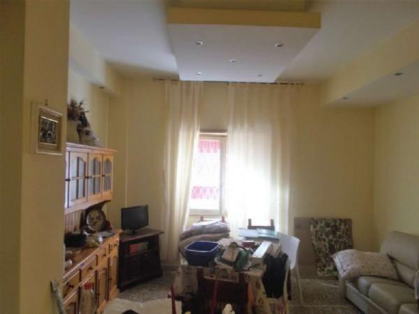 Appartamento in vendita a Roma, Pineta Sacchetti, 80 mq