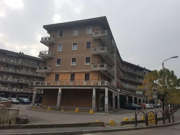 Appartamento in affitto a Induno Olona, Centro, 100 mq