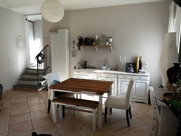 Rustico/Casale in vendita a Asti, Vaglierano Alto, Con giardino, 120 mq