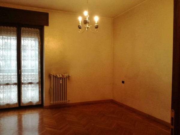 Appartamento in vendita a Milano, Brenta, 80 mq