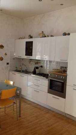 Appartamento in vendita a Torino, San Donato, 57 mq