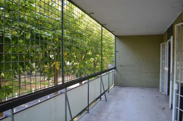 Appartamento in vendita a Roma, Torrino, Con giardino, 71 mq