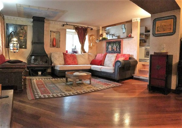 Casa indipendente in vendita a Lavagna, Residenziale, Con giardino, 180 mq