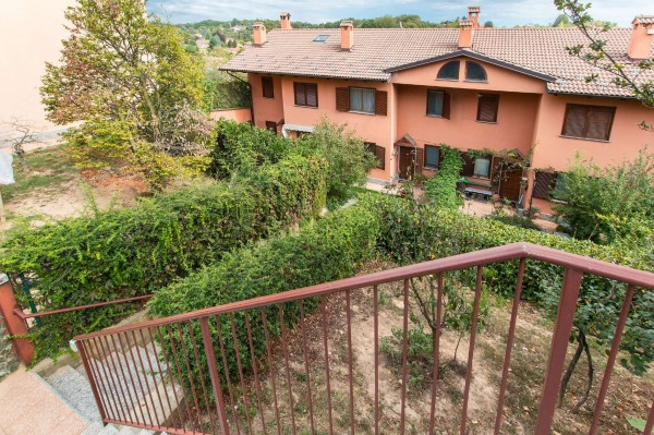 Villetta a schiera in vendita a Moncalieri, Revigliasco, Con giardino, 220 mq