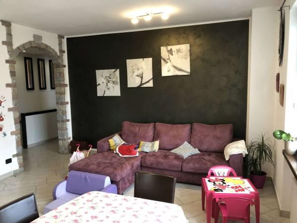 Villa in vendita a Casalzuigno, Con giardino, 200 mq