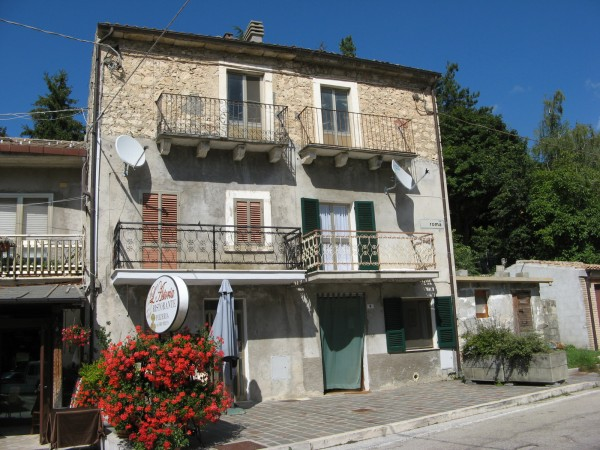 Appartamento in vendita a Sant'Eufemia a Maiella, Centro, Con giardino, 90 mq