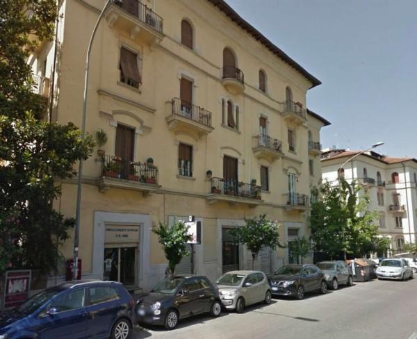 Negozio in vendita a Roma, Parioli, 80 mq