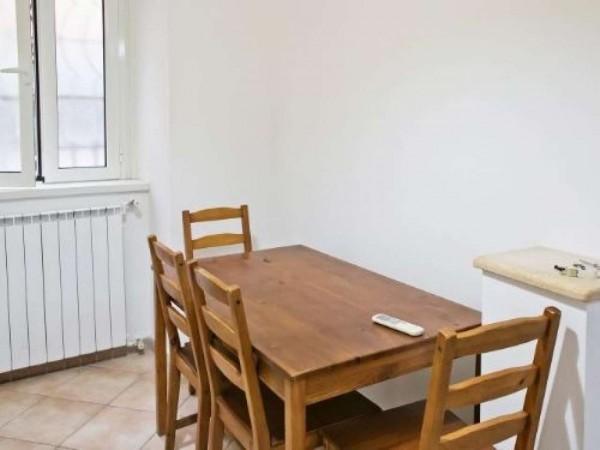 Appartamento in vendita a Roma, Largo Preneste, 40 mq