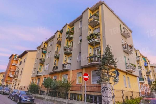 Appartamento in vendita a Milano, Affori Centro