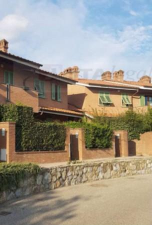 Casa indipendente in vendita a Montemurlo, Con giardino, 160 mq