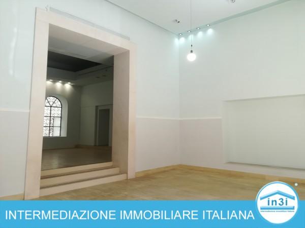 Negozio in affitto a Roma, Centro Storico, 150 mq