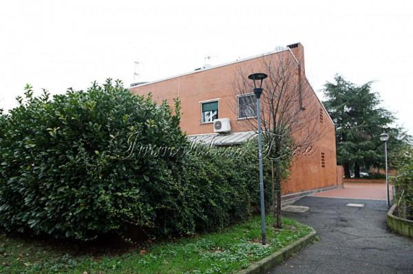 Villetta a schiera in vendita a Milano, Famagosta Cantalupa, 210 mq - Foto 1