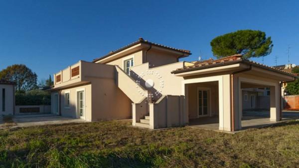 Villa in vendita a Firenze, Con giardino, 360 mq