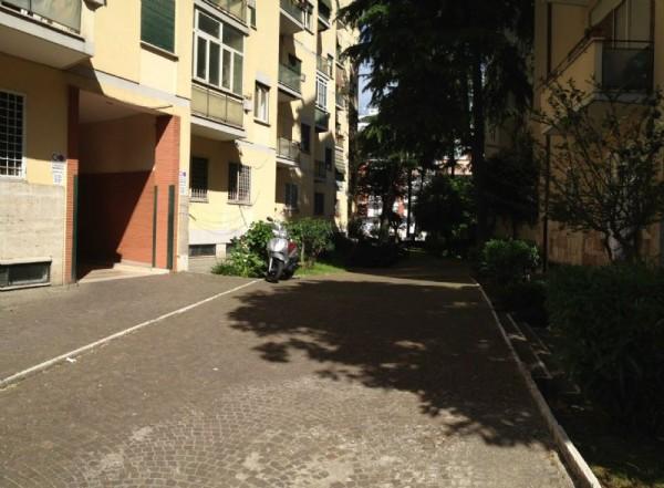 Appartamento in vendita a Roma, Montagnola, Arredato, con giardino, 75 mq