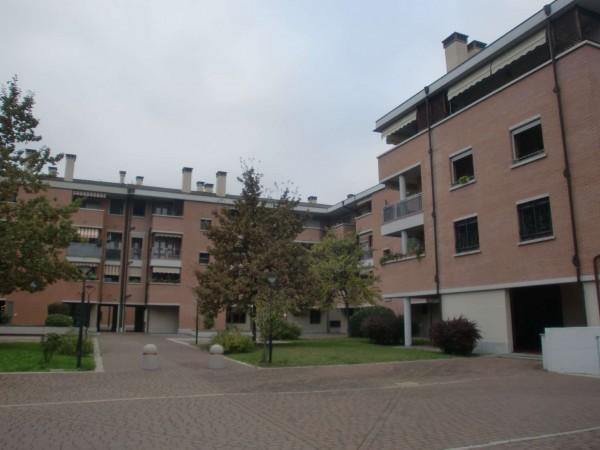 Appartamento in vendita a Bologna, Fossolo, Con giardino, 70 mq