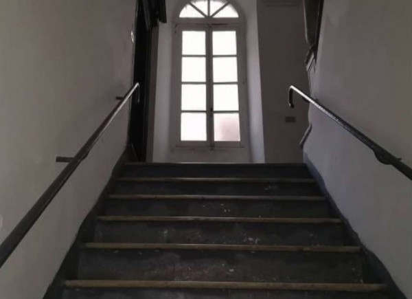 Appartamento in vendita a Genova, 38 mq