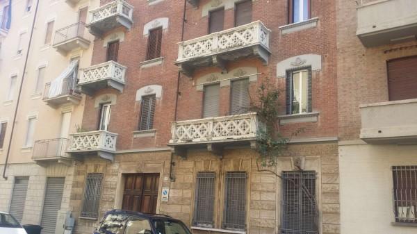 Appartamento in affitto a Torino, Via Lessona, 50 mq