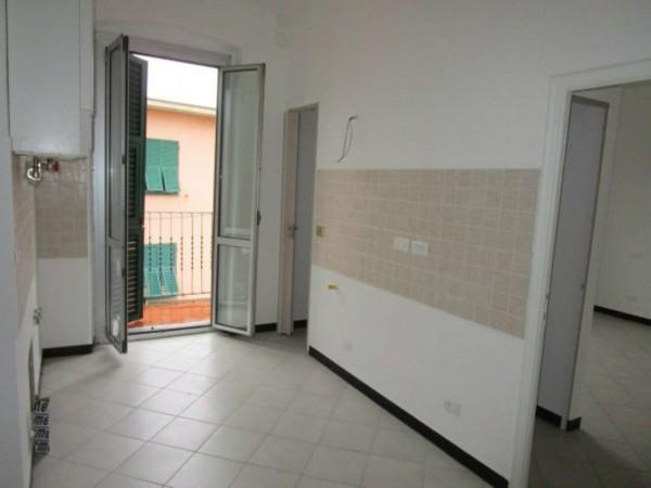 Appartamento in affitto a Genova, Marassi, 60 mq