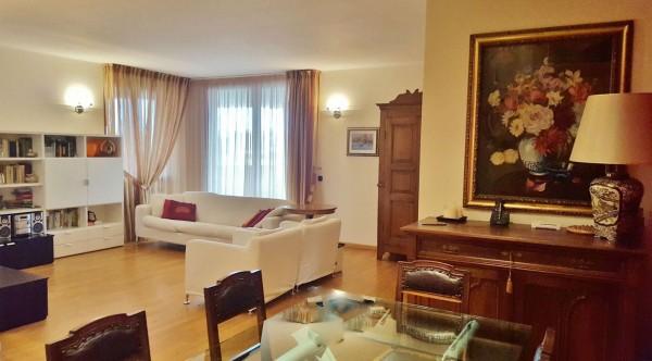 Appartamento in vendita a Cassano d'Adda, Centrale, Con giardino, 160 mq