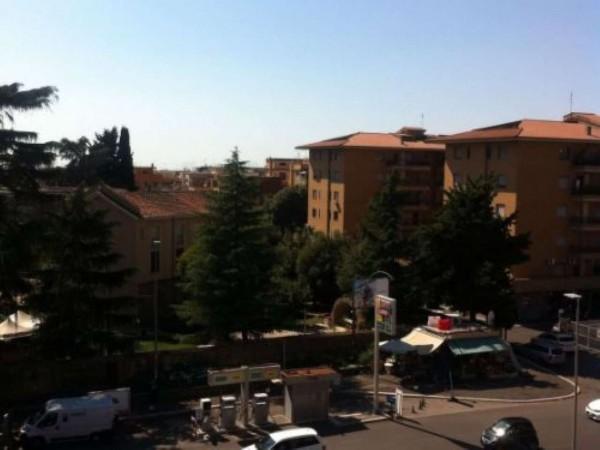 Appartamento in vendita a Roma, Pineta Sacchetti - Gemelli, 80 mq