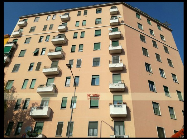 Appartamento in vendita a Milano, 60 mq