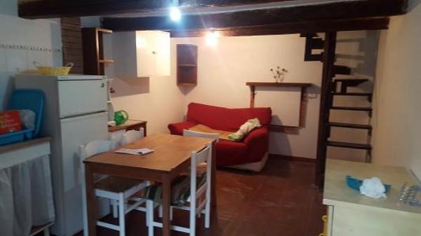 Appartamento in vendita a Palombara Sabina, Centro Storico, 40 mq