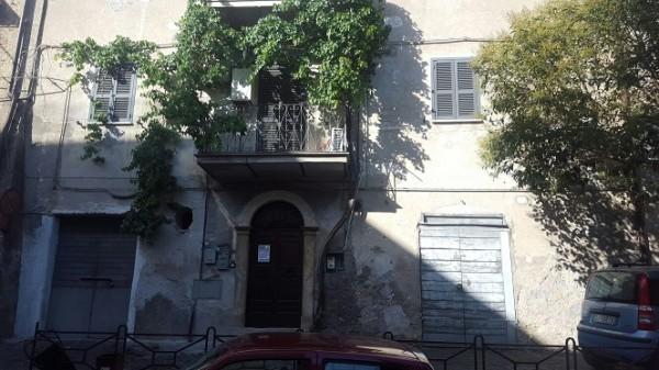 Appartamento in vendita a Palombara Sabina, Centro Storico, 61 mq
