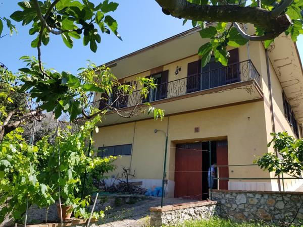 Villa in vendita a Moricone, Moricone, Con giardino, 260 mq