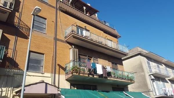 Appartamento in vendita a Palombara Sabina, Palombara Sabina, 95 mq