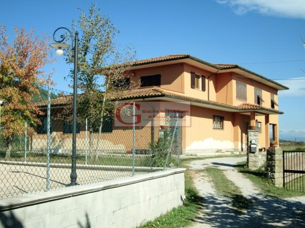 Casa indipendente in vendita a Vicopisano, Con giardino, 335 mq - Foto 2