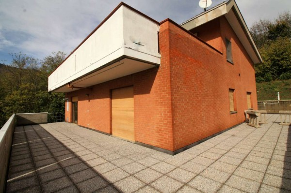 Appartamento in vendita a Caselette, Centro, Con giardino, 97 mq