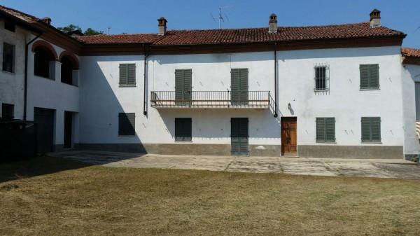 Casa indipendente in vendita a Pietra Marazzi, Con giardino, 250 mq