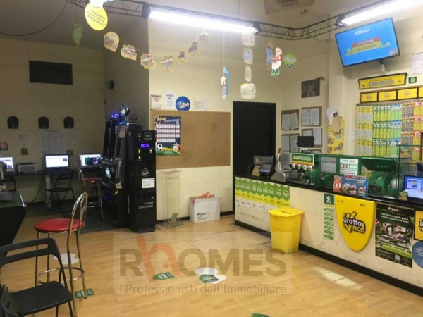 Locale Commerciale  in vendita a Roma, Appio Claudio, Arredato, 50 mq
