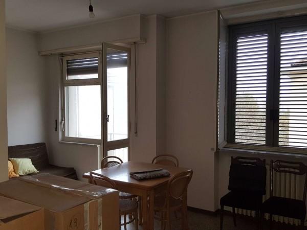Appartamento in vendita a Torino, Con giardino, 55 mq