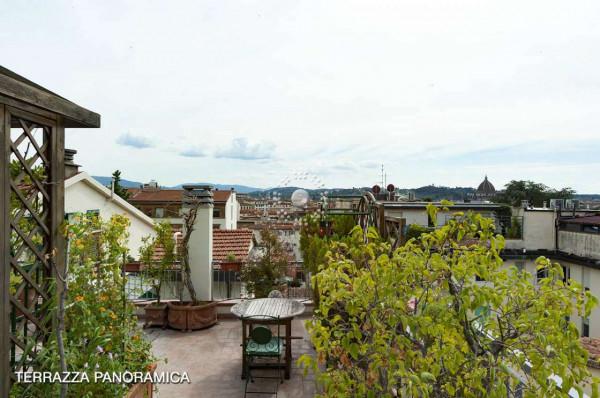 Appartamento in vendita a Firenze, 180 mq