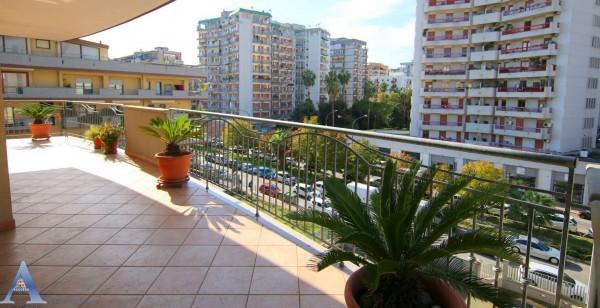 Appartamento in vendita a Taranto, Italia, Montegranaro, 177 mq