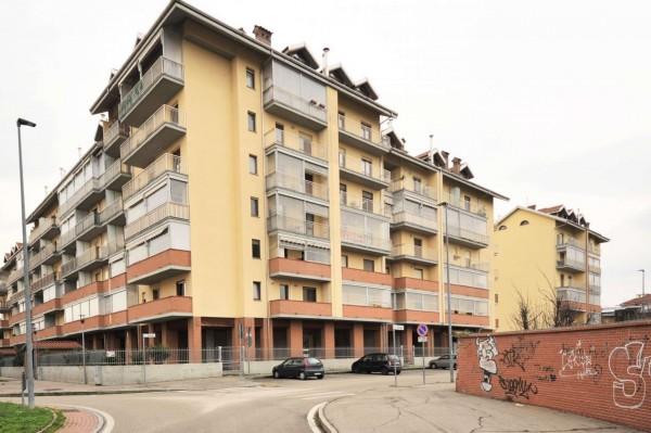 Appartamento in vendita a Nichelino, Teatro Superga, Con giardino, 73 mq