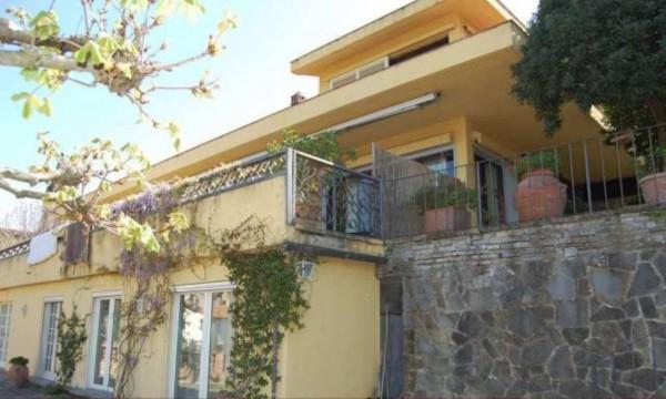 Villa in vendita a Firenze, Settignano, Con giardino, 561 mq