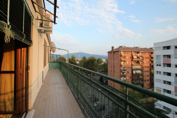 Appartamento in vendita a Torino, Barriera Di Milano, 60 mq
