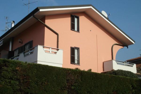 Villa in vendita a Garbagnate Milanese, Con giardino, 170 mq