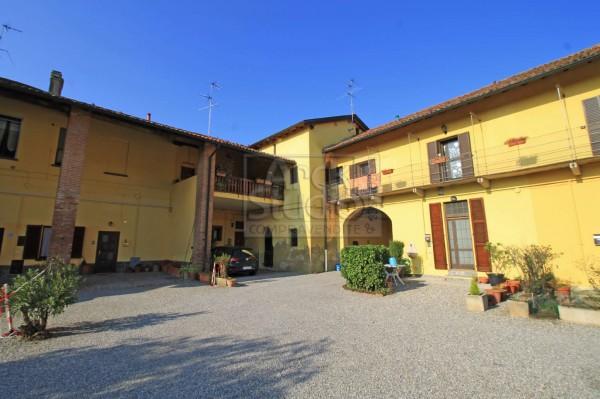 Appartamento in vendita a Pozzuolo Martesana, 180 mq