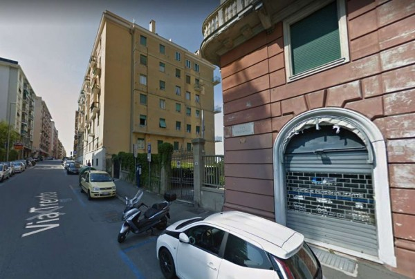Appartamento in vendita a Genova, Albaro, 111 mq