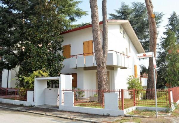 Casa indipendente in vendita a Forlì, Con giardino, 380 mq - Foto 2